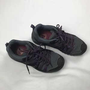 Merrell Air cushion women's athletic shoes Sz 7.5